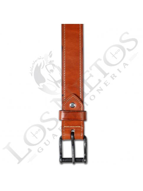 Cinturón de cuero hecho a mano | Avellana / Costuras Beig
